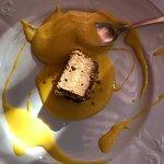 Risotto alla milanese, cotoletta alla Radestki, torta elvezia e zabaione