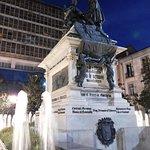 Fotografie: Plaza de Isabel La Catolica
