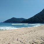 uma energia muito boa, praia linda demais