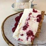 Raspberry and ricotta cheesecake