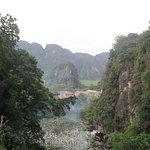 Vistas desde Bich Dong Pagoda