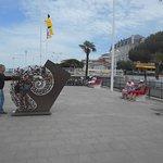 le long de la plage, sculptures