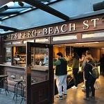 صورة فوتوغرافية لـ Mrs Ferg Beach Street