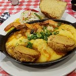shrimp and grits with big fried green tomatoes