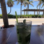 Foto de Mulligans Beach House Bar & Grill