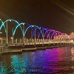 Foto di Ponte di barche Regina Emma