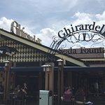Foto de Ghirardelli Soda Fountain & Chocolate Shop