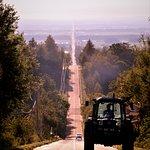 広域農道なので大型トラクターも走っています
