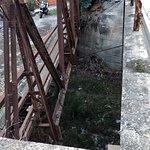 Bild från Tavronitis Bridge