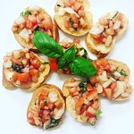 Tomato Bruschetta with toasted baguette bread (Vegan)