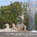 Fuente de Neptuno on Paseo del Prado 2