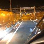 Calais. Accès au tunnel sous la Manche.  COLOMBO GROUP Voitures avec chauffeur à votre service.