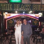 The Black Bull resmi