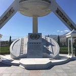 Photo de Monument Arch of Neutrality