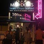 Ziggie & Mad Dog'sの写真