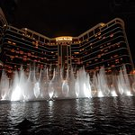 Foto de Performance Lake at Wynn Palace