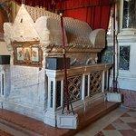 ภาพถ่ายของ มหาวิหารเซนต์ยูฟราซิอุส