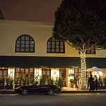 Madeo Restaurant in Beverly Hills as seen from the outside.
