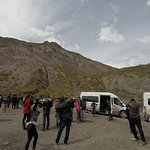 Vans da agência durante a excursão