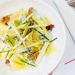 Salade d'endives, noix & roquefort