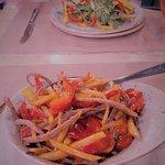 Вкусный мясной салатик