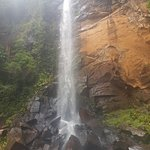 Tres Quedas Waterfall resmi