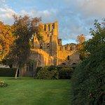 صورة فوتوغرافية لـ Kelso Abbey