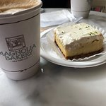 Magnolia Bakery resmi