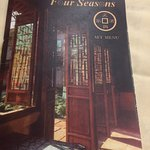 Foto de Four Seasons Chinese Restaurant - Bayswater