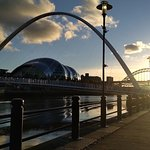 Photo de Gateshead Millenium Bridge