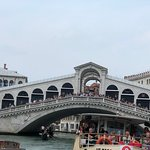 Ponte Rialto Venice, Italy Is amazing a city that transport you to fantasy, incrdble beatiful.