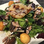 Pear and fried goat cheese salad