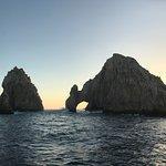 Sailing past El Arco de Cabo San Lucas (Lands End)
