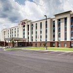Hampton Inn & Suites Syracuse North Airport Area