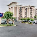 Hampton Inn Bellevue / Nashville-I-40-West