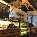 ภาพถ่ายของ The Mugshot Cafe