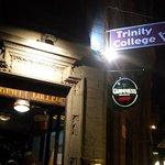 Фотография Trinity College Pub