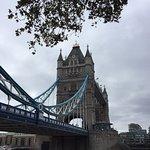 ภาพถ่ายของ สะพานทาวเวอร์บริดจ์