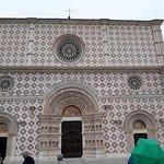 Foto de Basilica di Santa Maria di Collemaggio e Porta Santa