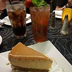 Φωτογραφία: The Cheesecake Factory