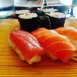 Sushi misto B, con nigiri e huramaki