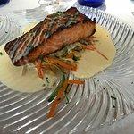 salmón a la plancha con verduritas