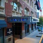 Renaissance Des Moines Savery Hotel