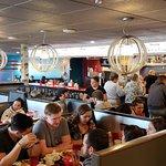 Bild från The Roundabout Diner & Lounge