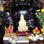ภาพถ่ายของ Lady Buddha