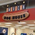 Фотография American Dog House