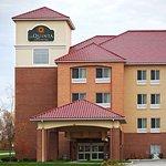 La Quinta Inn & Suites Indianapolis Airport West