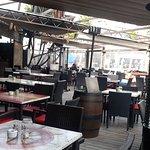 Foto de Pirates Beach Bar & Grill