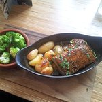 Belly Pork, New potatoes and broccoli in red wine sauce.