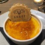 Foto de Sheep on Sheep Street
